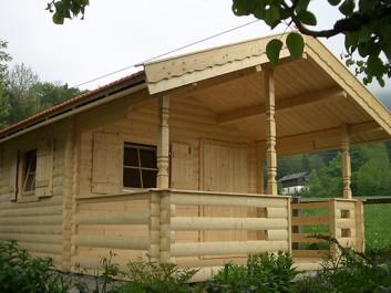 Holzhäuser / Blockhäuser